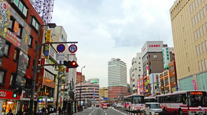 「JRおおいたシティ」開業1週間、中心商店街賑わう-県立美術館も開館